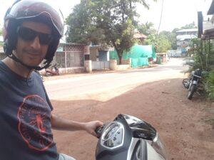 ערן על טוסטוס בהודו